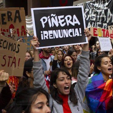 Barcelona 21 10 2019-Manifestações de espanhóis em solidariedade ao povo Chileno que estão em confrontos com mortes contra a política do governo de Sebastian Piñera foto Tono_Carbajo/ Fotomovimiento
